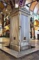 Grand Bazaar Istanbul marble drinking fountain - panoramio.jpg