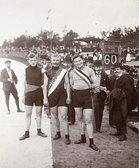 Grand Prix Paris Top3 1901.jpg