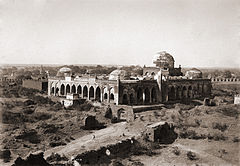 Great Mosque in Gulbarga Fort..jpg