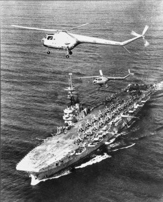 Brazilian aircraft carrier Minas Gerais - Vengeance during her Australian service