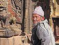 Habitant de Bhaktapur (8561157978).jpg