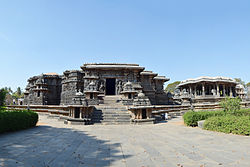 Profile of Hoysaleshwara Temple, Halebidu
