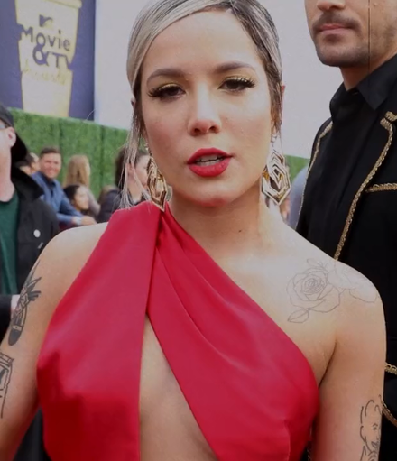 Halsey at the 2018 MTV Movie & TV Awards Halsey MTV Movie & TV Awards.png