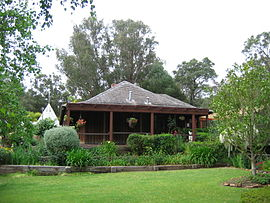 Harvey stirling cottage.jpg