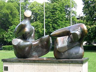 Two-Piece Reclining Figure: Points (Henry Moore)