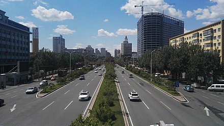 Hexing Road, western part of Harbin's 2nd ring road. Hexing Road in Harbin 03.jpg