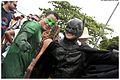 Homem Aranha faz a alegria dos foliões no Alto da Sé (8466760459).jpg