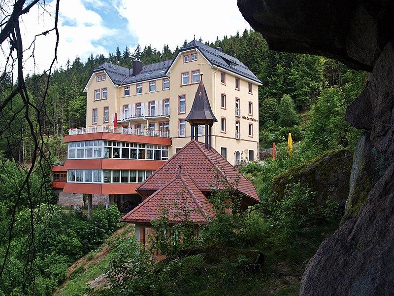 File hotel wiedenfelsen bei b hlertal schwarzwald for Hotel design foret noire