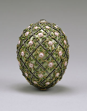 Rose Trellis (Fabergé egg) - The Rose Trellis Egg