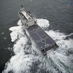 HNLMS Rotterdam (L800) - Image: Hr. Ms Rotterdam (1998) 2