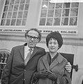 Huwelijk leraar en lerares De heer Piet van Mook, tekenleraar aan het StAntoni, Bestanddeelnr 914-6624.jpg