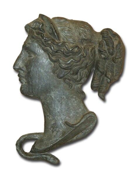 File:Hygeia bronze head XIX century Hungary Budapest.jpg