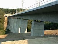 ICE-Brücke Wiesengrund Nentershausen.jpg