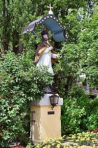 Imst - Figurenbildstock hl Johannes Nepomuk am Johannesplatz.jpg