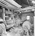 Interieur met werktuig uit 1866 - Holset - 20330628 - RCE.jpg