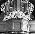 Interieur opzetstuk orgelbalustrade - Dantumawoude - 20047695 - RCE.jpg