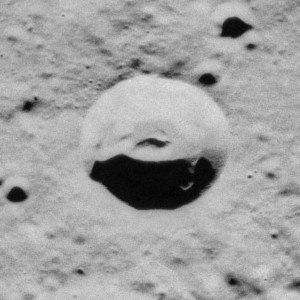 Izsak (crater) - Oblique Apollo 17 image, facing east
