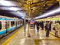 JR tamachi station - Tokyo - night platform - Dec 2017.jpg