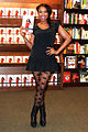 Jennifer-Hudson 2012-01-17 Barnes-Noble Chicago photoby Adam-Bielawski.jpg