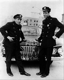 Joe Ross en Fred Gwynne in Car 54