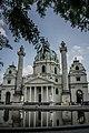 Karlskirche 001.jpg
