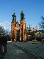 Katedra Poznan front.jpg
