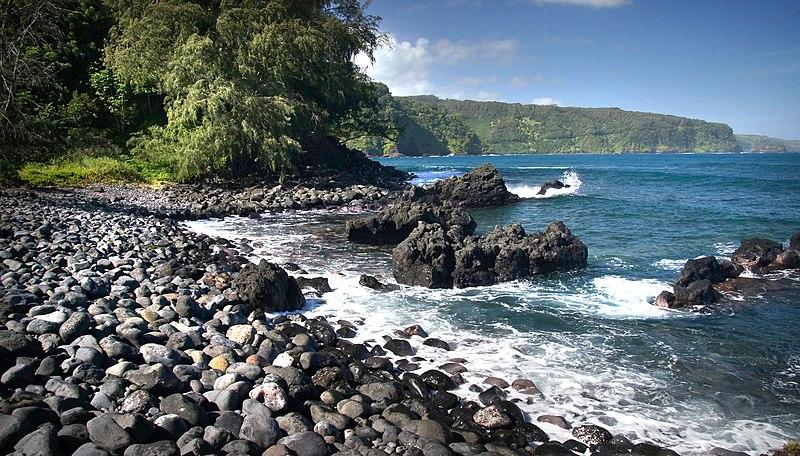 File:Keanae Road to Hana. Maui. (11106935413).jpg