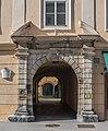Klagenfurt Burggasse 15 Palais Urschenpeck Rustikaportal 08082016 3558.jpg