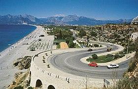 Konyaaltı Plajı - panoramio.jpg