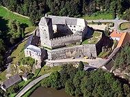 Letecký pohled na hrad Kost