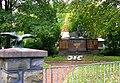 Kriegerdenkmal Niederaußem.JPG