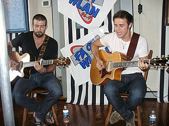 Kris Allen - Kris Allen unplugged with Cale Mills, August 5, 2009
