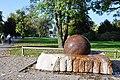Kugelbrunnen (Zürichhorn) 2010-10-08 16-14-48.jpg