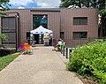 L'entrée du centre social de la Carnière - Handitopie 2019 - en juin 2019.jpg