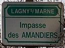 L1724 - Plaque de rue - Impasse des amandiers.jpg