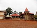 La résidence (Renovée) de l'ancien roi Nie KAMGA Joseph avant dernier chef Bandjoun.JPG