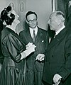 Lady Churchill, Hans Krebs, Frits Zernike 1953.jpg