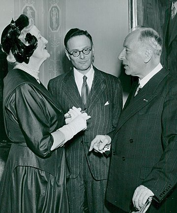 Krebs with Clementine Churchill and Frits Zernike in Stockholm in 1953 Lady Churchill, Hans Krebs, Frits Zernike 1953.jpg