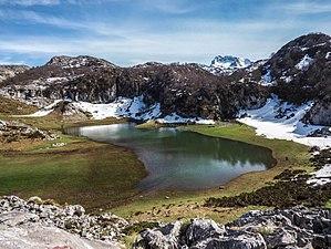 Lago Bricial.jpg
