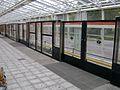 Laituriovet Vuosaaren metroasemalla.JPG