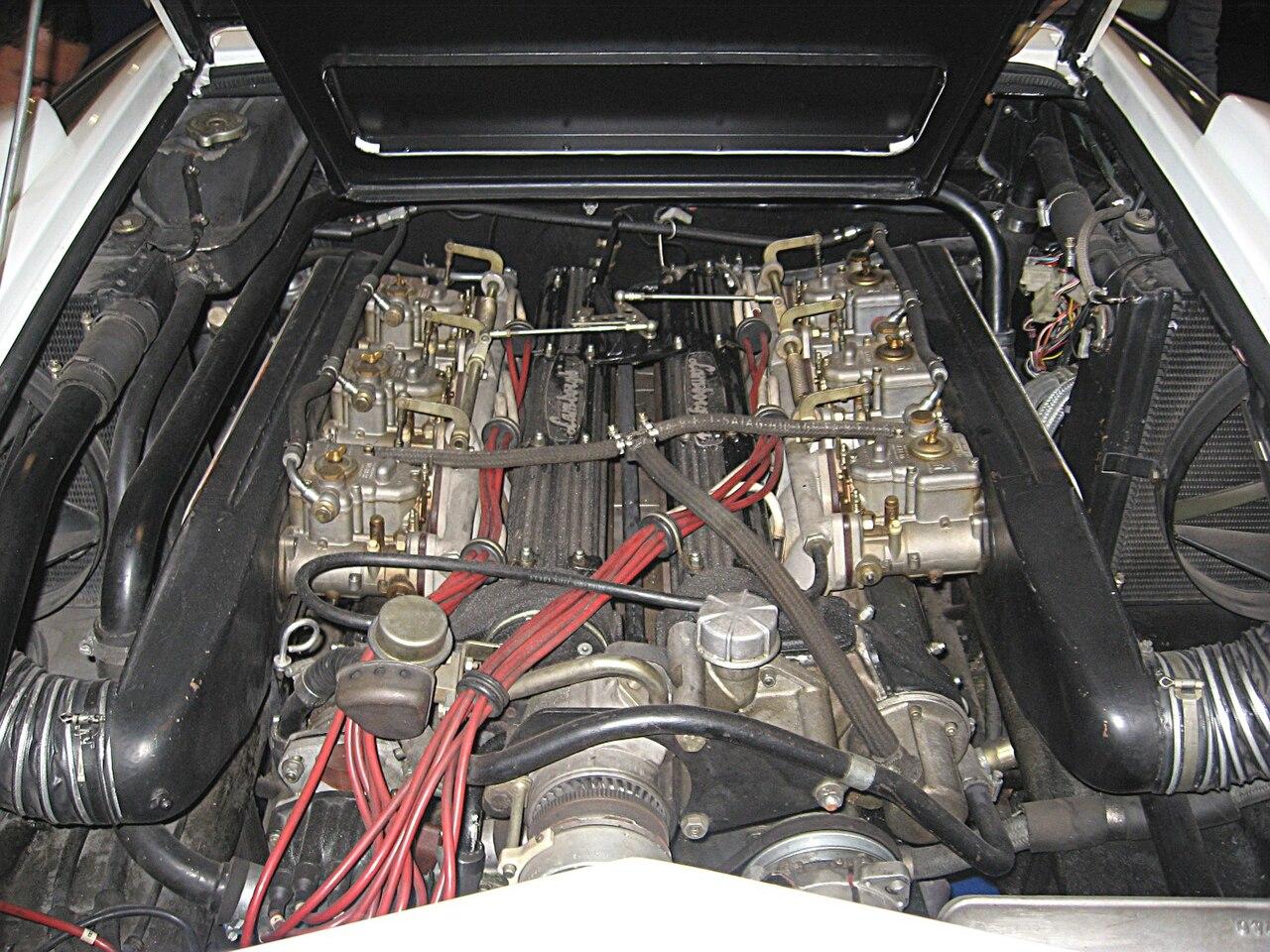 ламборджини countach двигатель