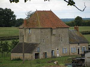 Maisons à vendre à Saint-Parize-le-Châtel(58)