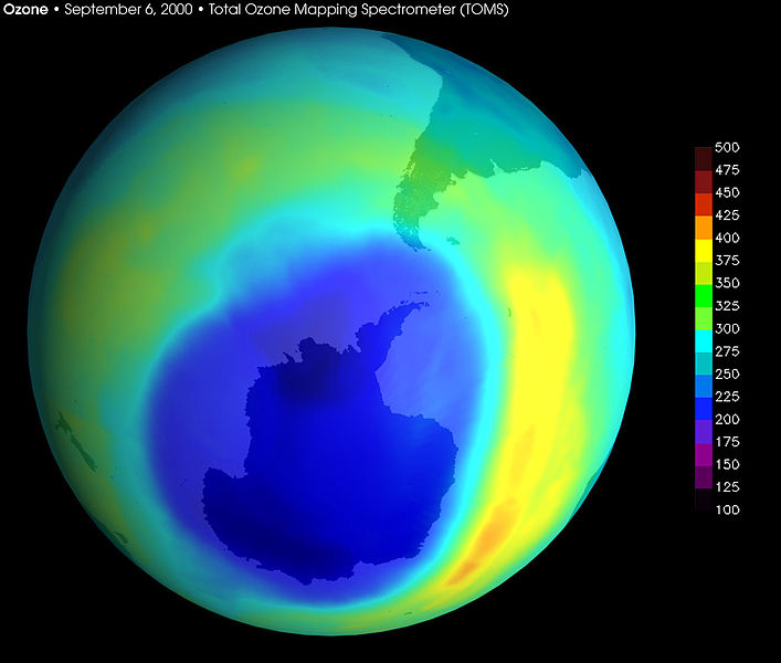 ファイル:Largest ever Ozone hole sept2000 with scale.jpg