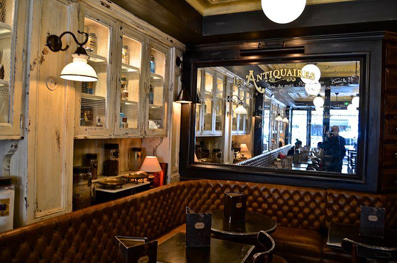Le Caf Rue La Chalouere