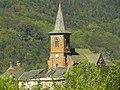 Le Falgoux est situé au pied du Puy-Mary, au cœur du parc des volcans d'Auvergne, dans le département du Cantal. - panoramio (13).jpg