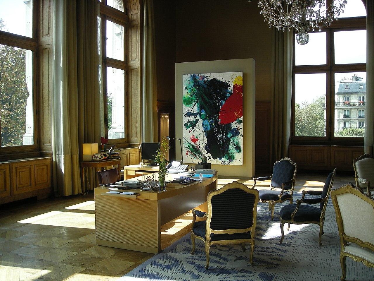 file le bureau du maire de paris monsieur bertrand delano jpg wikimedia commons. Black Bedroom Furniture Sets. Home Design Ideas