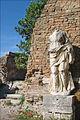 Le temple de Rome et dAuguste (Ostia Antica) (5900778757).jpg