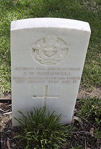 Leading Aircraftman J W Barnwell gravestone in the Wagga Wagga War Cemetery.jpg
