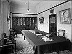Library room (4903290973).jpg