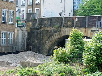 Lillie Road - Remaining arch of 'Lillie' 's 1826 Kensington Canal bridge